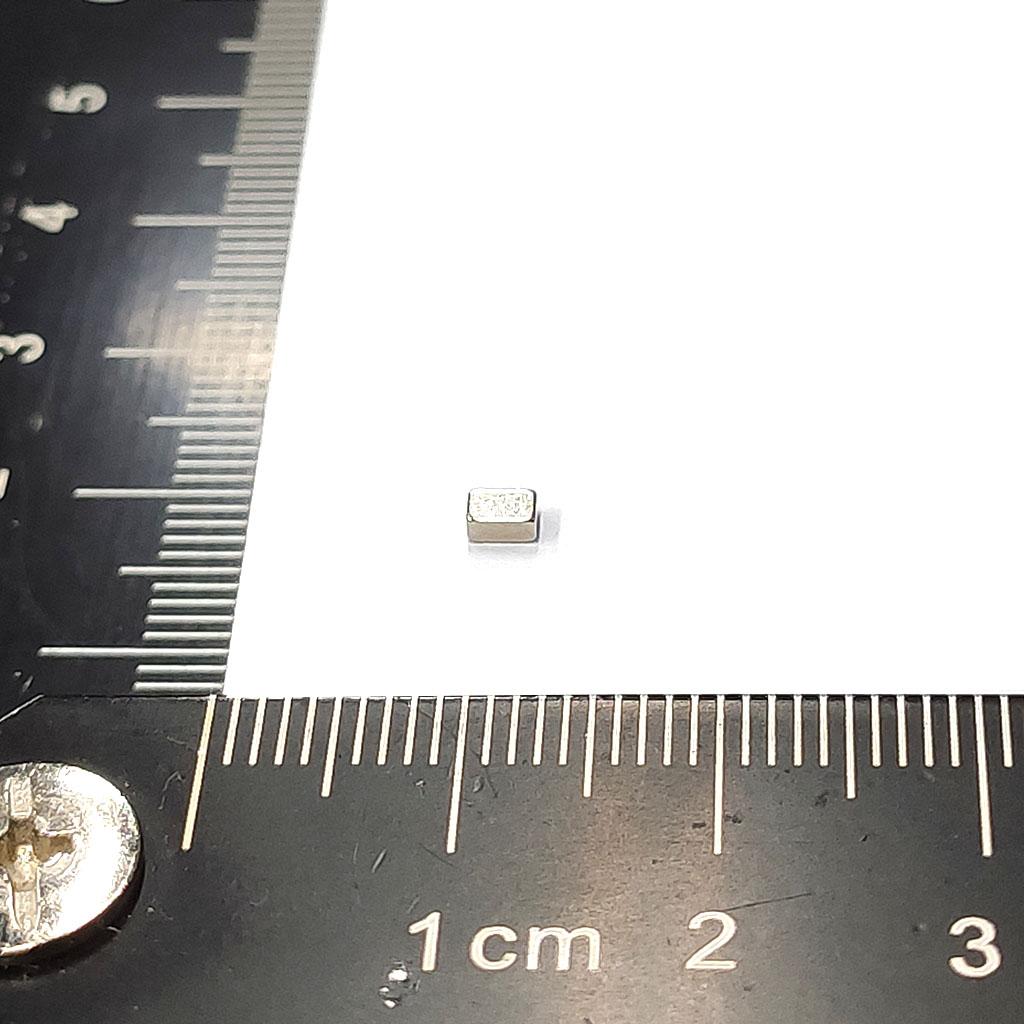 超強釹鐵硼磁鐵-L2.95x1.95x1.36-ND45H-無磁